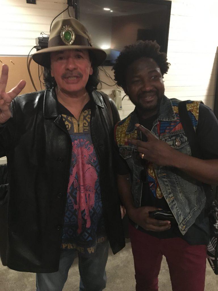 apres_le_concert_de_Carlos_Santana_avec_invite_guest_Adama_Bilorou